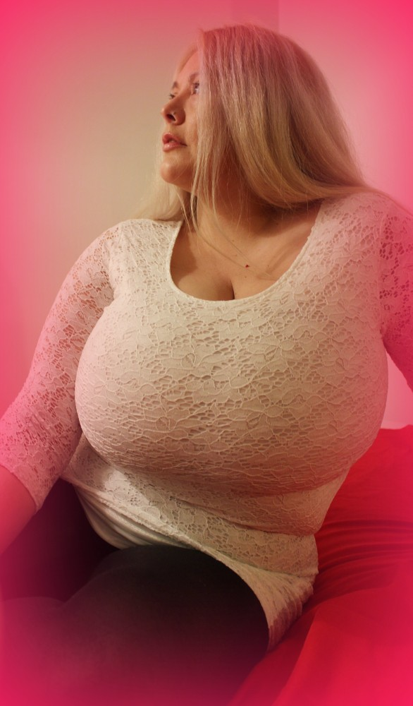 busty  escort outcall Brisbane